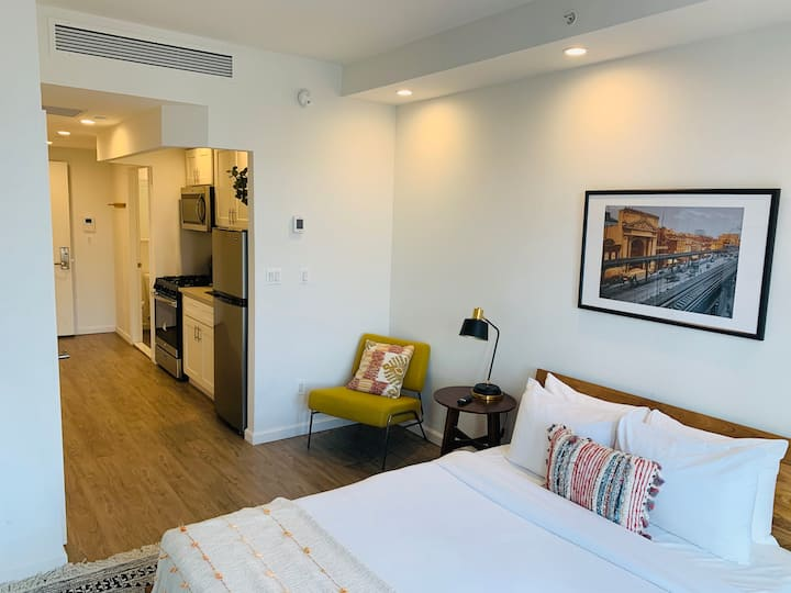Furnished Studio in Little Italy