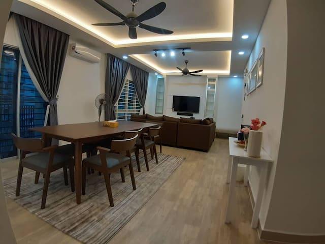 2R@5pax++ Spacious Space Putrajaya