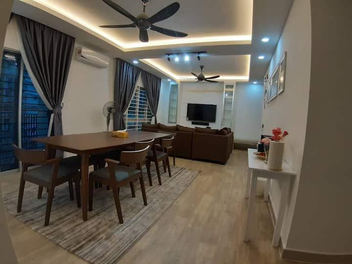 3R@7pax++ Spacious Space Putrajaya.