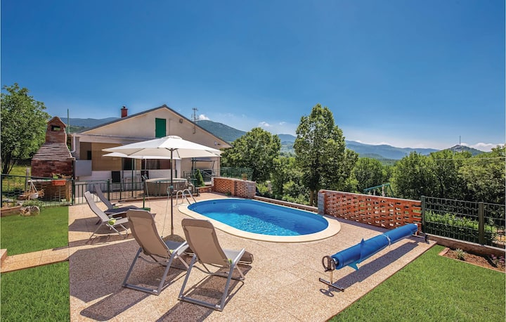Amazing home in Ledenice with Jacuzzi, WiFi and 2 Bedrooms