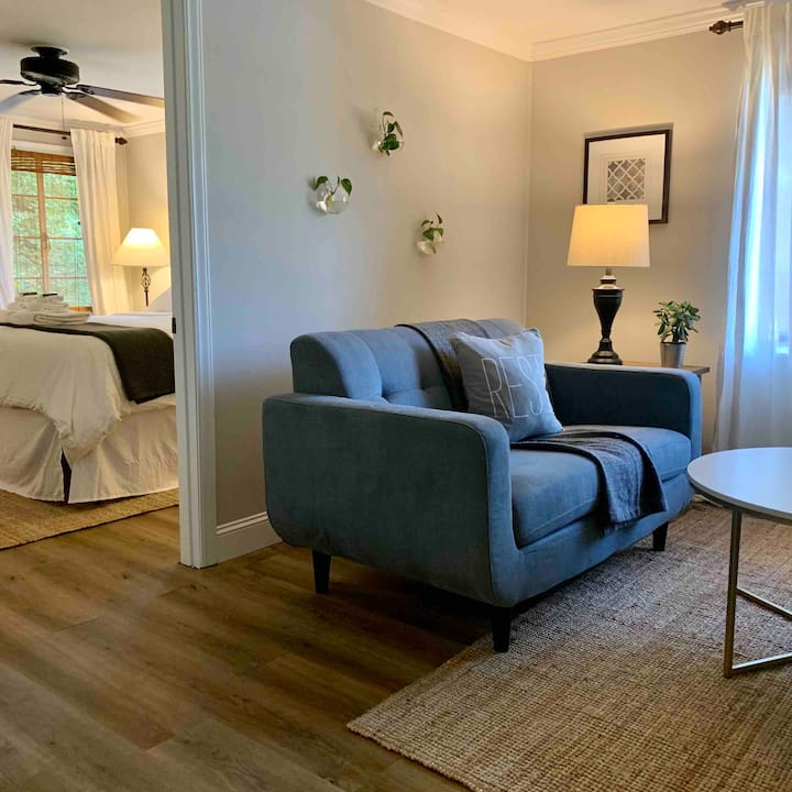 Adorable apartment with views and Resort Amenities