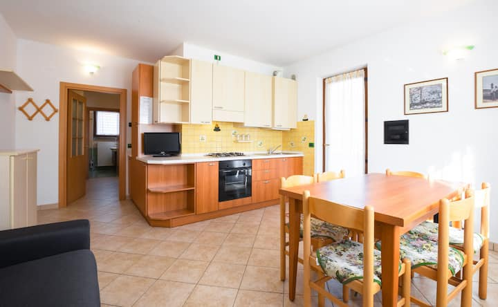 Groundfloor apartment only 100 mt. from Lake Ledro