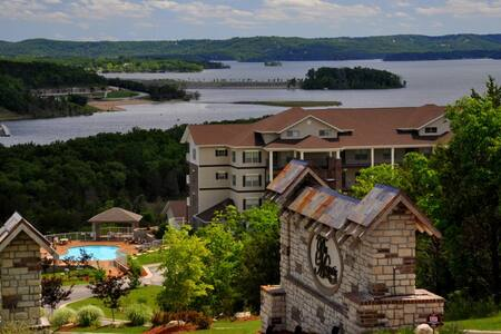 The Majestic at Table Rock Lake - Брэнсон