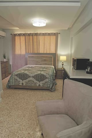 Itza-Bella Suites #2 Lovley Suites near the beach!