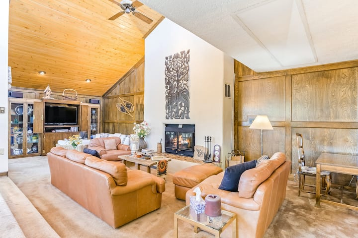 Spacious ski getaway near the village w/ wraparound deck and fireplace