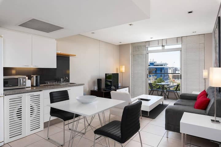 Luxury Studio Apartment near V&A/CTICC