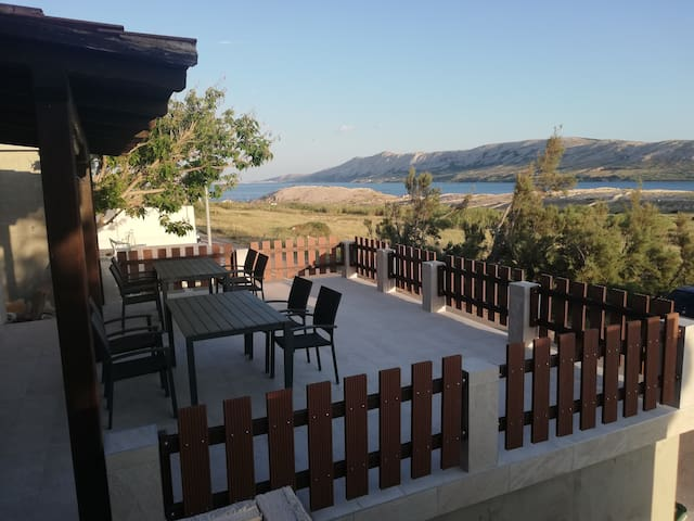 Apartment Pavic 2 Kustici/Croatia