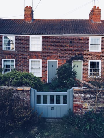 Stylish Victorian Cottage in Castle Acre