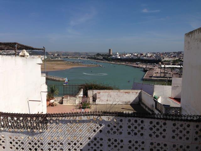 Beautiful house in Kasba Oudayas in Rabat - Rabat - Bed & Breakfast