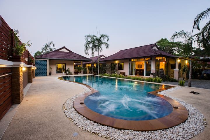 One bedroom, Chic Thai style villa bungalow.