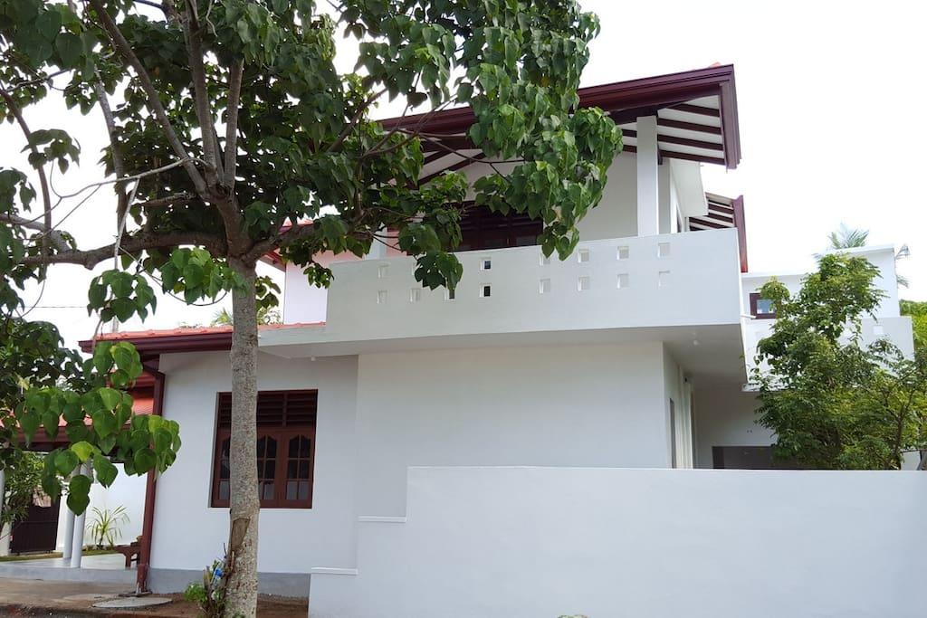 Emildale Villa