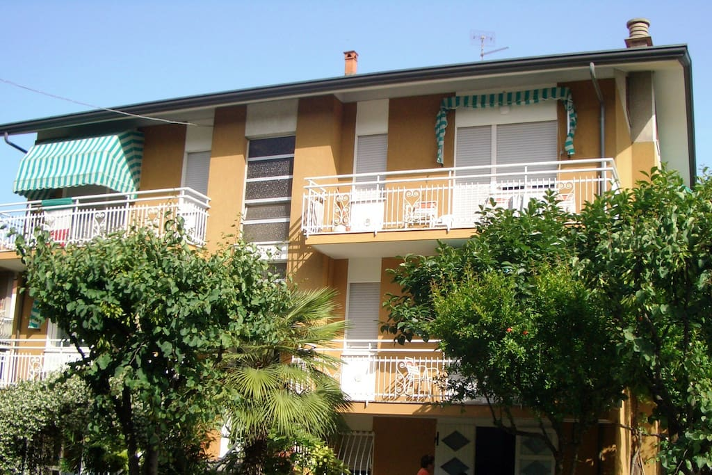 Appartamento con parcheggio vicino al mare appartamenti for Appartamenti barcellona vicino al mare