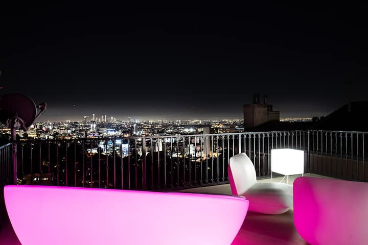 Hollywood Hills Suite 360 Panoramic View