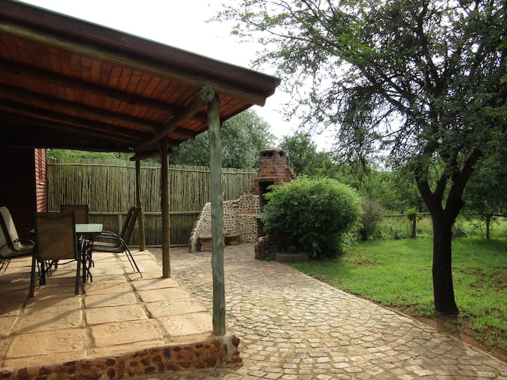 Stone Hill 4 *Acacia Tree Cottage - Pet Friendly