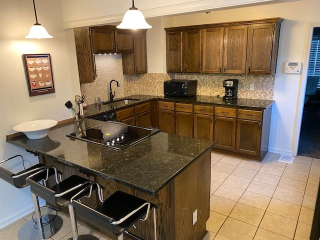 KC home near the Plaza without the big price tag!