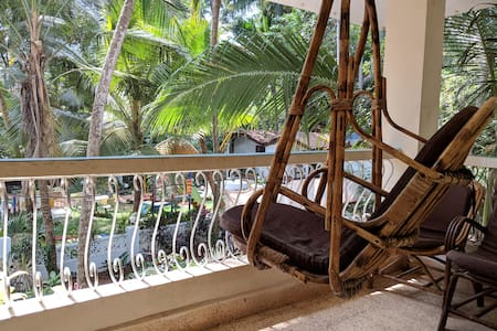 Comfortable AC Apartment 500 mtrs to Baga Beach