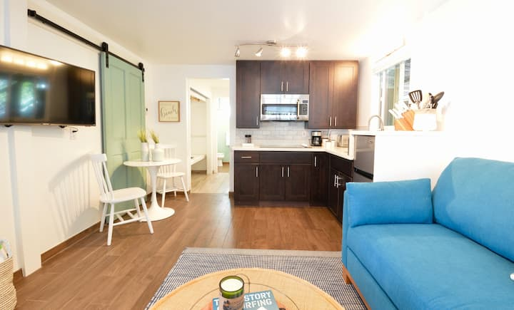 The Pleasure Point Beach Apartment