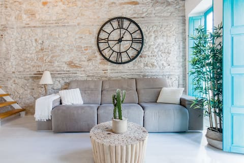 Stone Loft by the Beach with Large Kitchen and Terrace