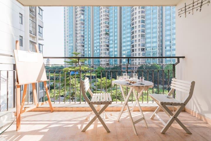 阳光绿色舒适二居室,带有停车位,温暖温馨的惬意旅途空间 - 广州市 - Bed & Breakfast