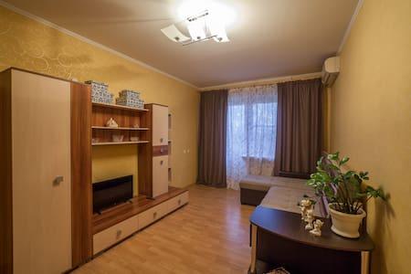 1к квартира  на 339 Стрелковой Дивизии Областная - Rostov - Apartment - 0