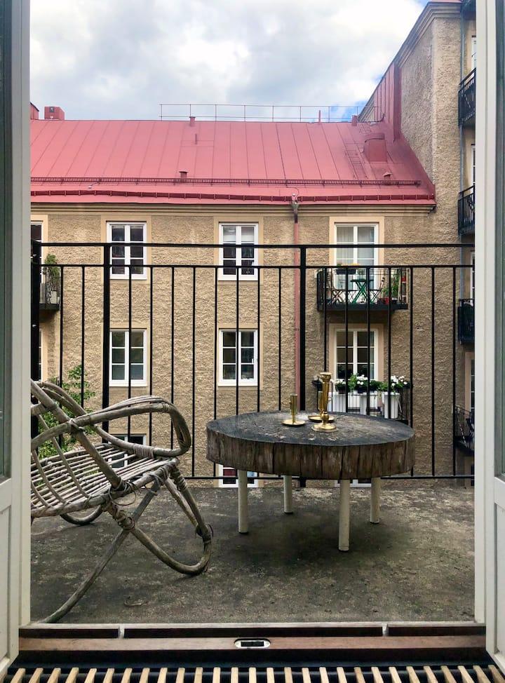 Light apartment in hip Hornstull