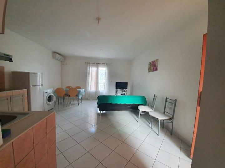 Le frangipanier, La Réunion, Appartement T2