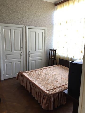 Двухместная с одной кроватью