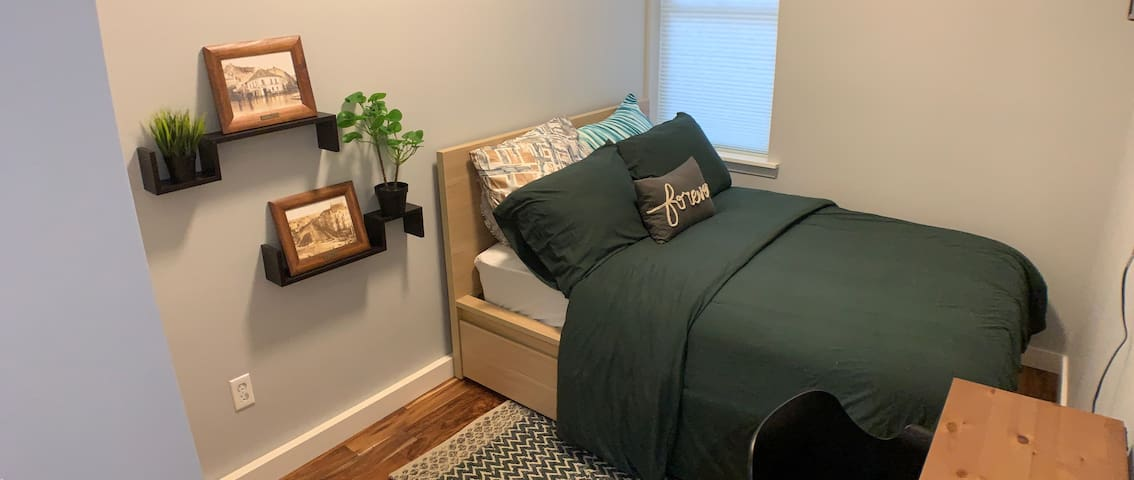 Cozy Dublin Ireland Inspired Room