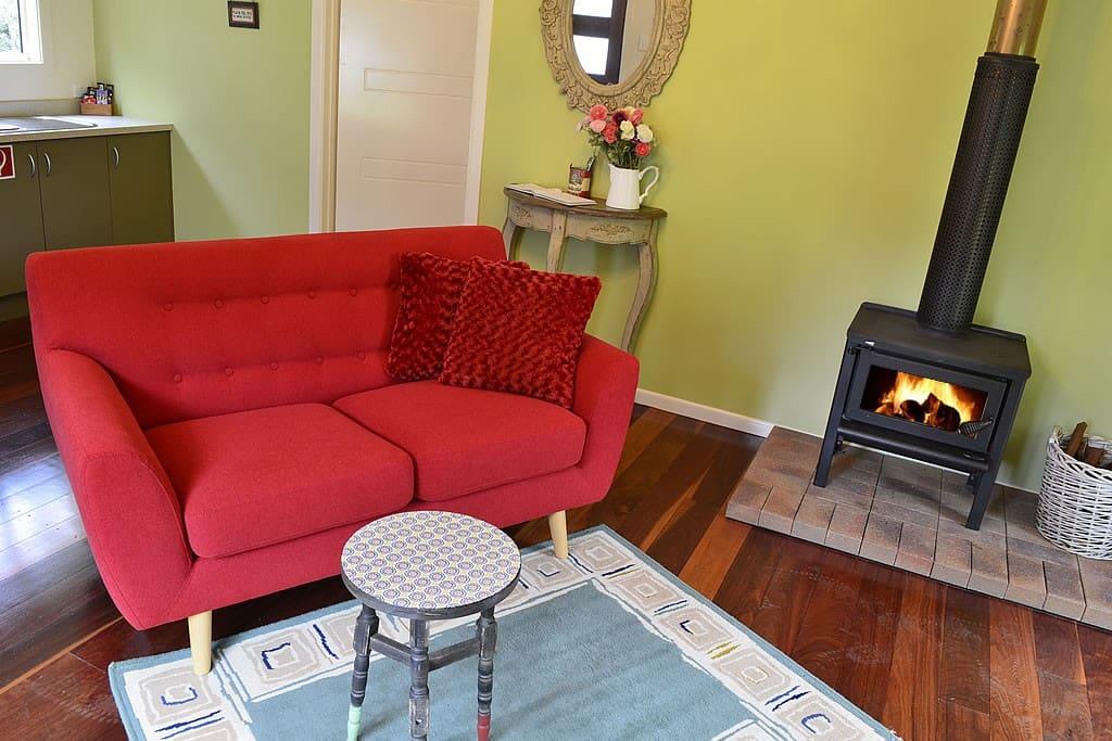 Lounge/Log Fire