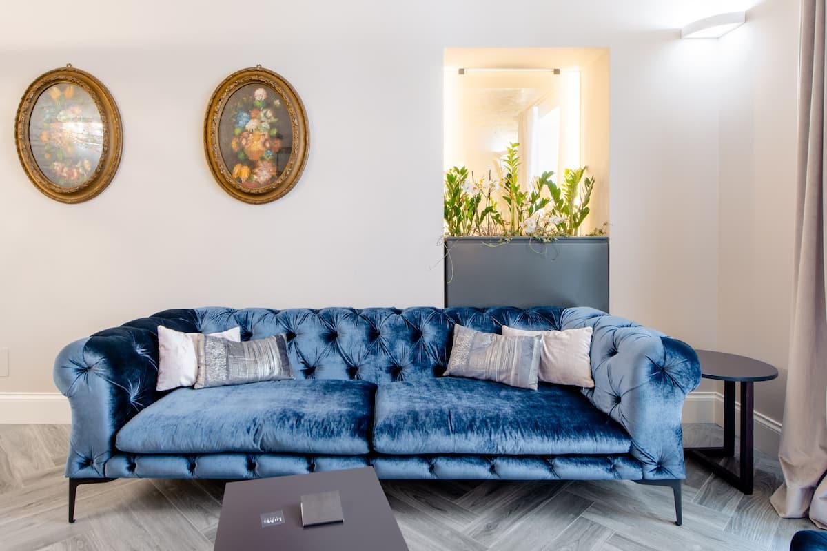 Luxurious Luma Suite Overlooking Via Veneto