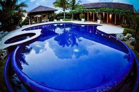 4 Bedrooms Villa@ Downtown Bavaro Beach