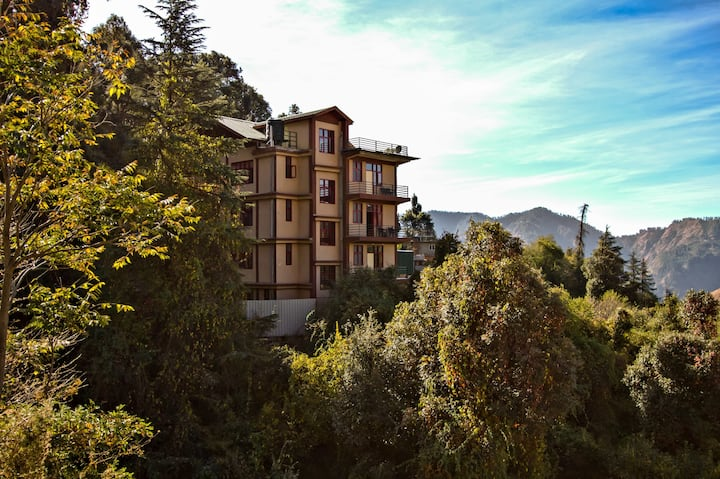 1 Bedroom in a Traditional Outset |Balcony|Serene