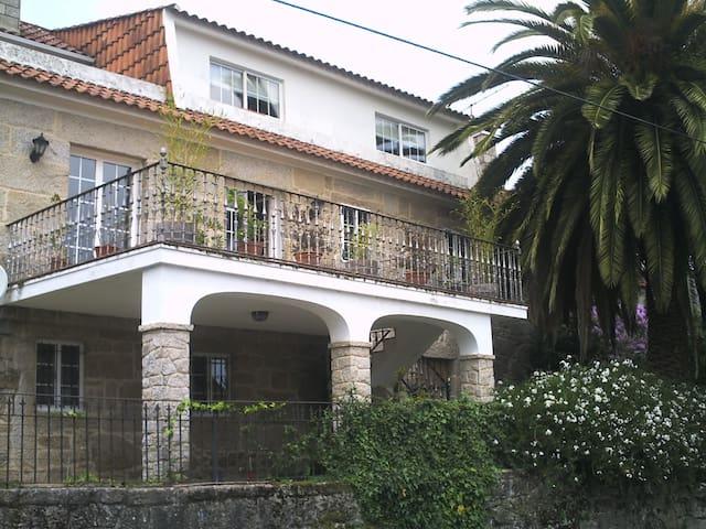 """Casa rural a 5 km  de """"As Rias Baixas"""" - Postemirón - Huis"""