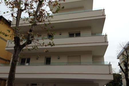 Appartamento vicino al mare - Misano Adriatico - Huoneisto