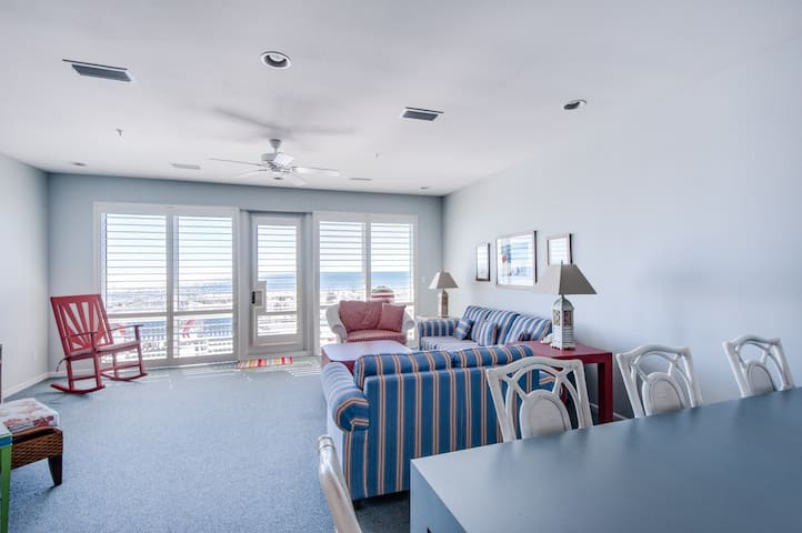 White Sands 18 (449) 4 bedroom/3 bathroom Gulf Front Townhouse-Whitesands 18
