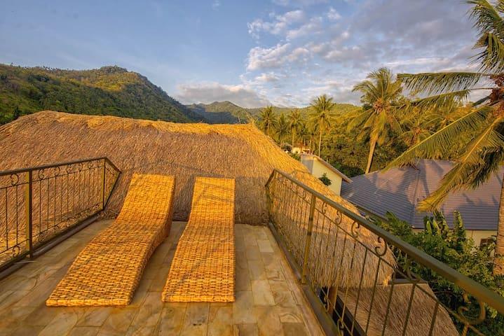 Luxury room #4 in a beautiful Senggigi villa - Batu Layar - วิลล่า