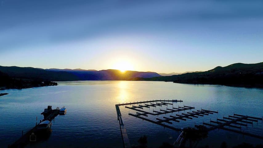 Lake Chelan Boat Moorage with Luxury Clubhouse