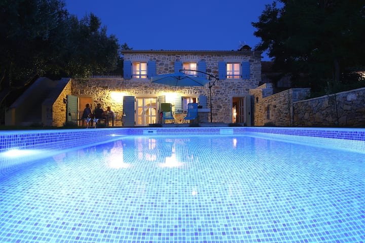 Luxury Villa Lemon