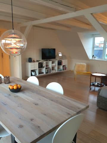 106m2 clean rooftop apartment:) - Kbh s - Loft
