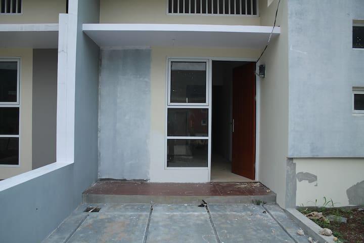perumahan bogor view 2 bogor barat - Bogor - House