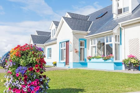 Portbeg 4 bedroom semi  house - Bundoran