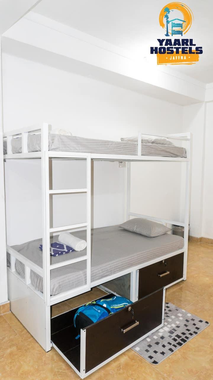 Yaarl Hostels