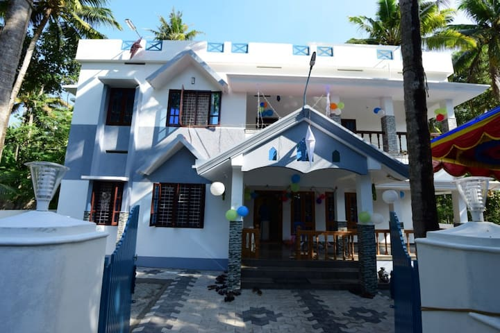 Palm Bay Beach Residency - Deluxe  Rooms - VARKALA