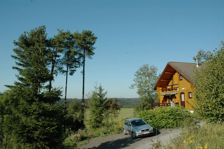 Modern Holiday Home in Durbuy with Sauna