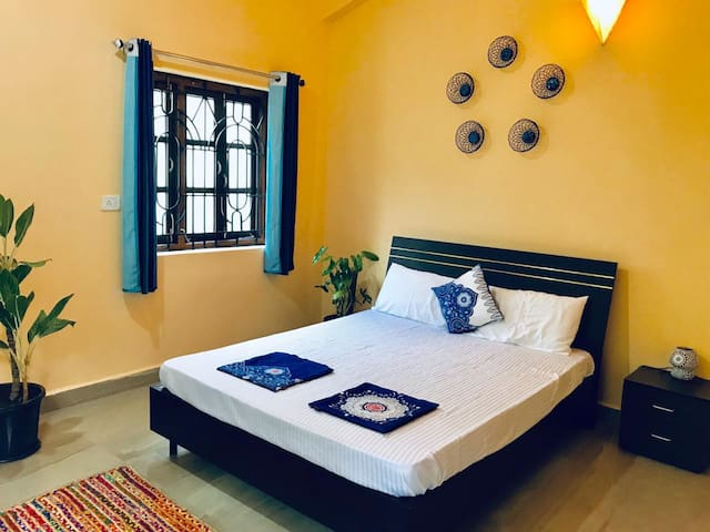 Bali - Cozy 1BHK with Balinese vibe and Goan heart