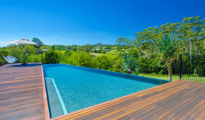 Paradise in Noosa - Eumundi Qld Australia