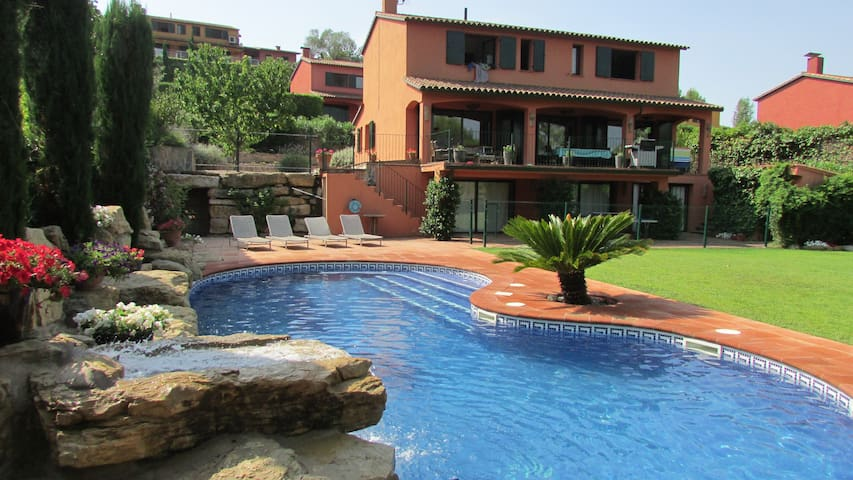 Entire home with private pool - Sant Julia de Ramis - Ev