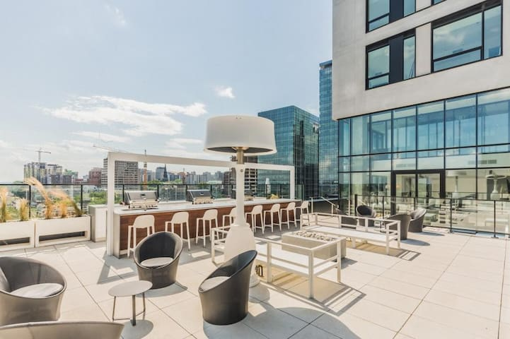 LUX CONDO DOWNTOWN + PARKING BELL CENTER MONTREAL - Montreal - Apartamento