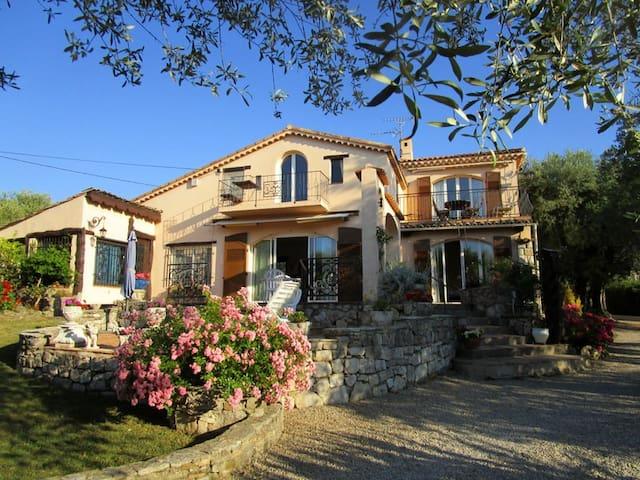 Villa GILAMOUR - Erholung pur - La Roquette-sur-Siagne