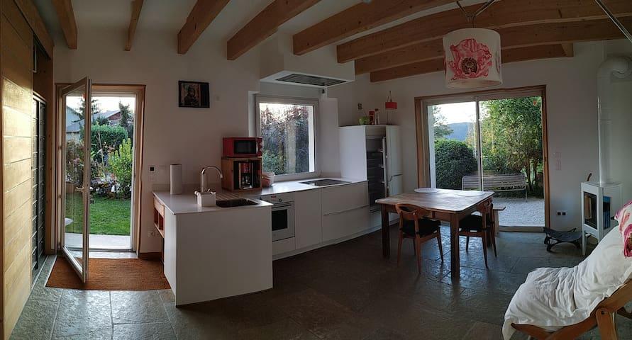 Appartement avec jardin entre lac et montagne
